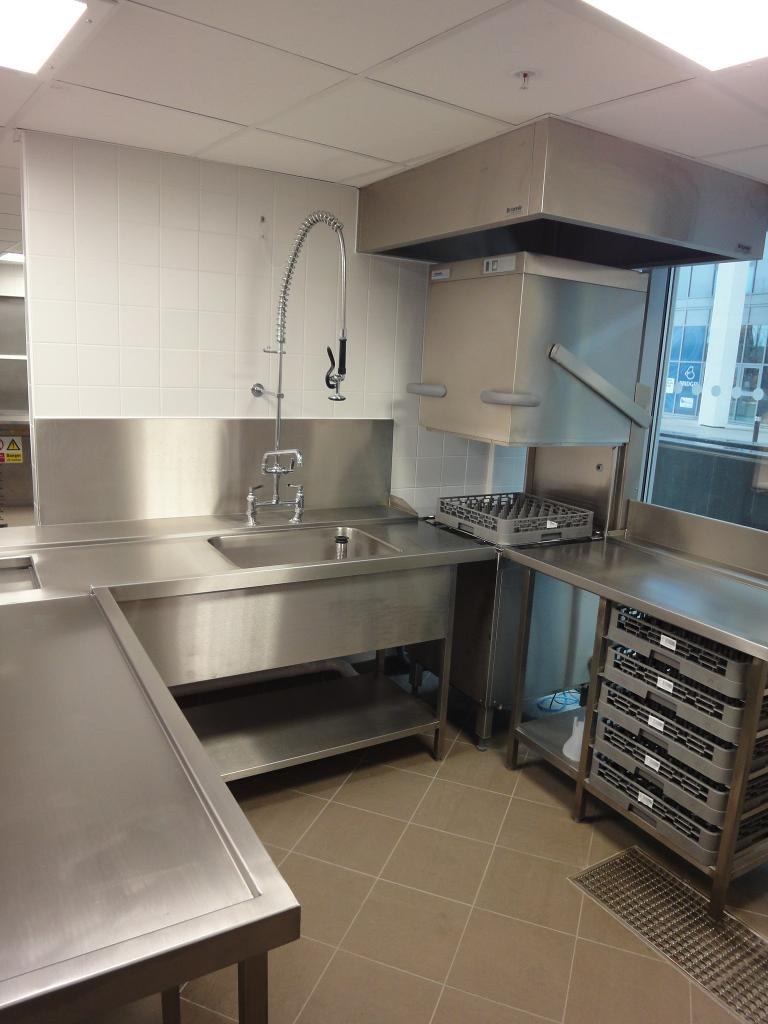 Hotel-Verta-Von-Essen-Battersea-Kitchen-Fabrication-Stainless-Steel-Commercial-spacecatering_2