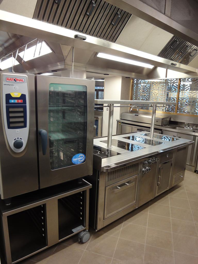 Hotel-Verta-Von-Essen-Battersea-Kitchen-Fabrication-Stainless-Steel-Commercial-spacecatering_3