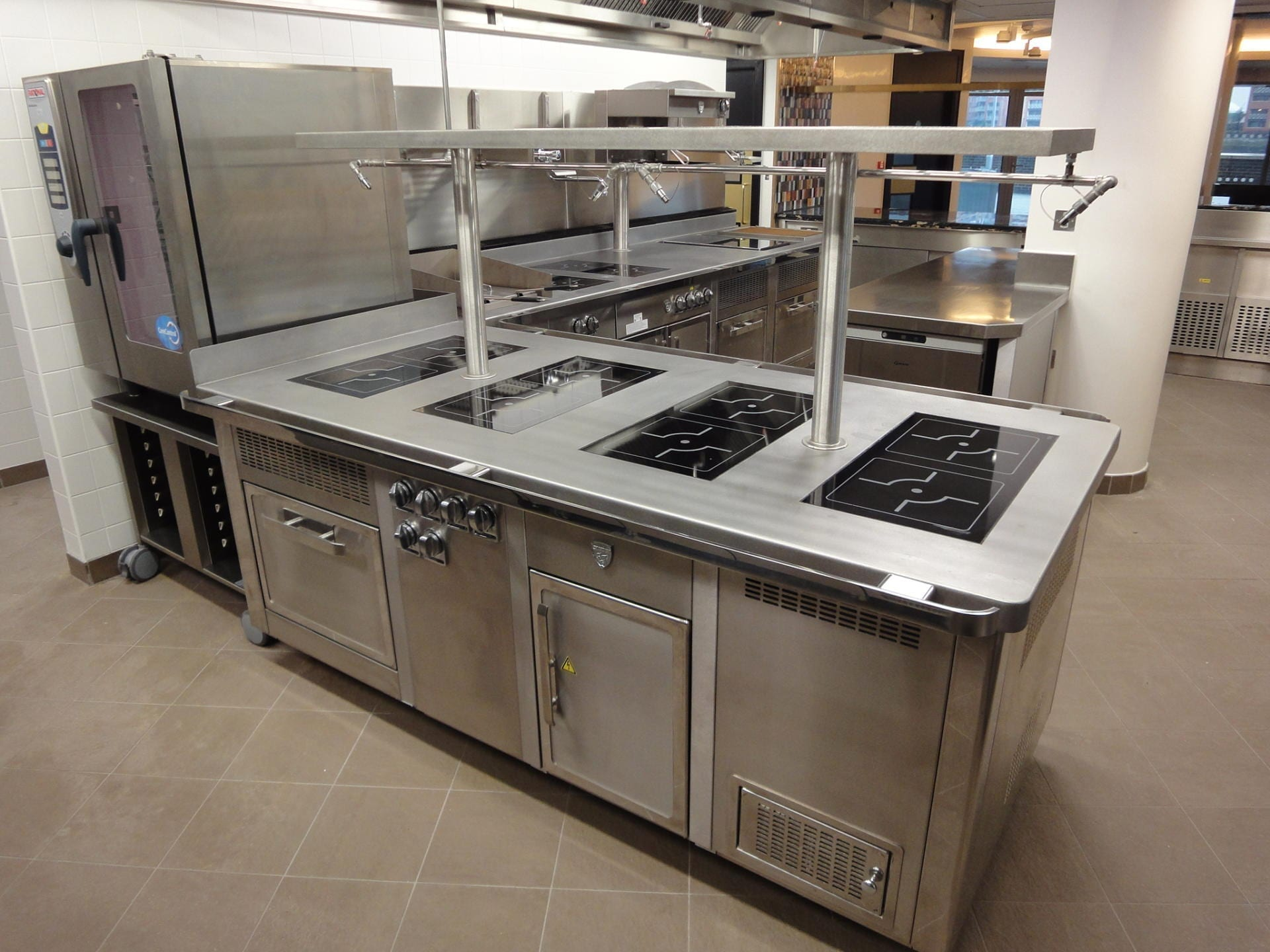Hotel-Verta-Von-Essen-Battersea-Kitchen-Fabrication-Stainless-Steel-Commercial-spacecatering_4