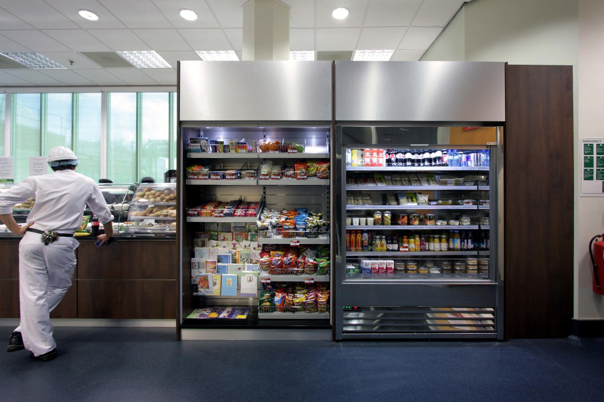 Mars-Sodexo-Slough-Staff-Severy-Front-of-house-Servery-Food-Display-spacecatering_4