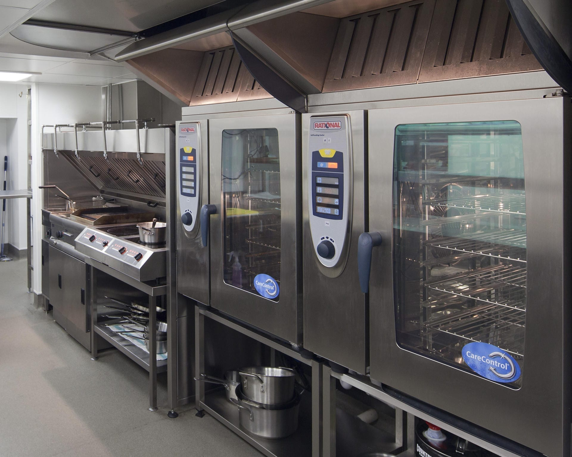 Montpellier-Chapter-Cheltenham-Restaurant-Kitchen-Front-of-house-Servery-Food-Display-Pizza-spacecatering_11
