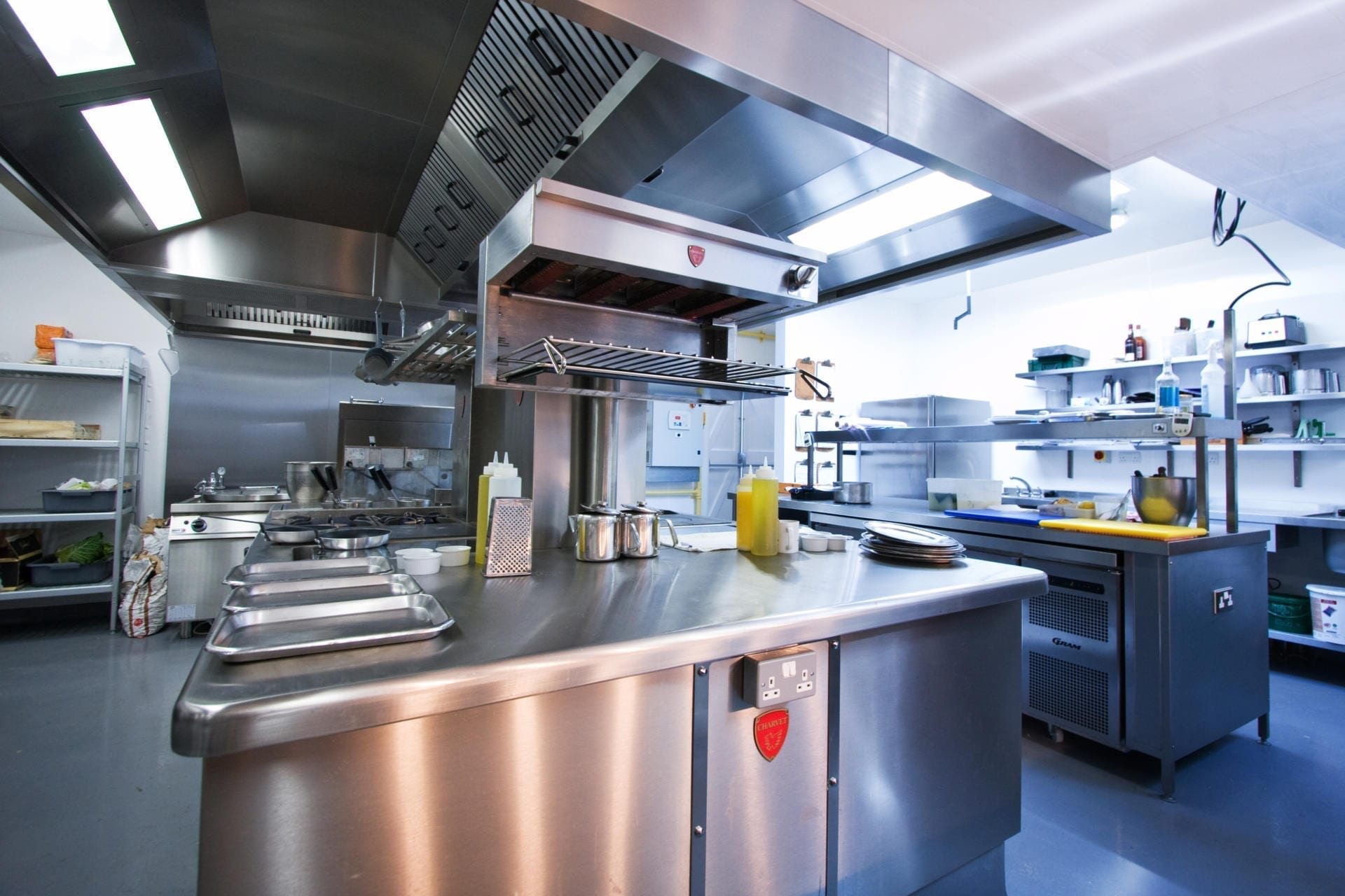 Ockenden-Manor-Hotel-Sussex-Restaurant-Kitchen-Fabrication-Stainless-Steel-Commercial-spacecatering_12