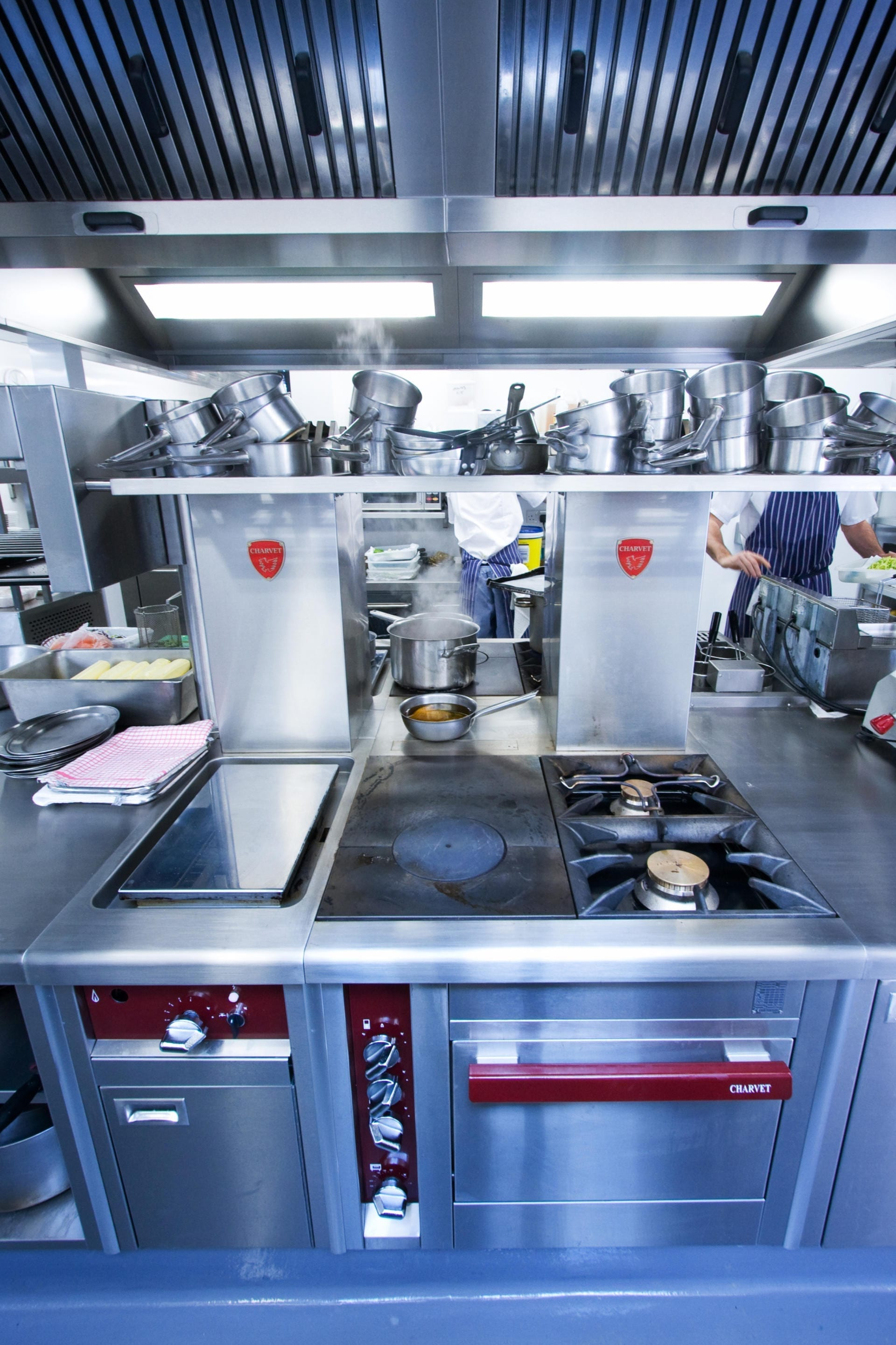 Ockenden-Manor-Hotel-Sussex-Restaurant-Kitchen-Fabrication-Stainless-Steel-Commercial-spacecatering_4