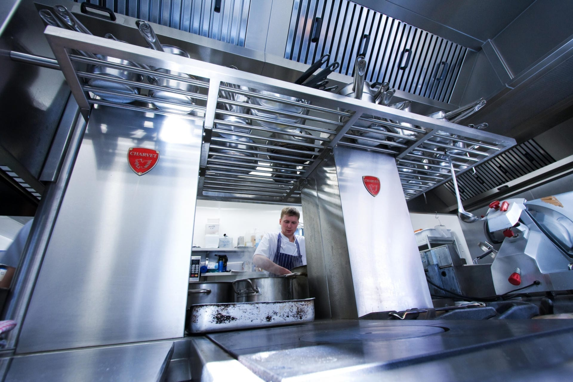 Ockenden-Manor-Hotel-Sussex-Restaurant-Kitchen-Fabrication-Stainless-Steel-Commercial-spacecatering_5