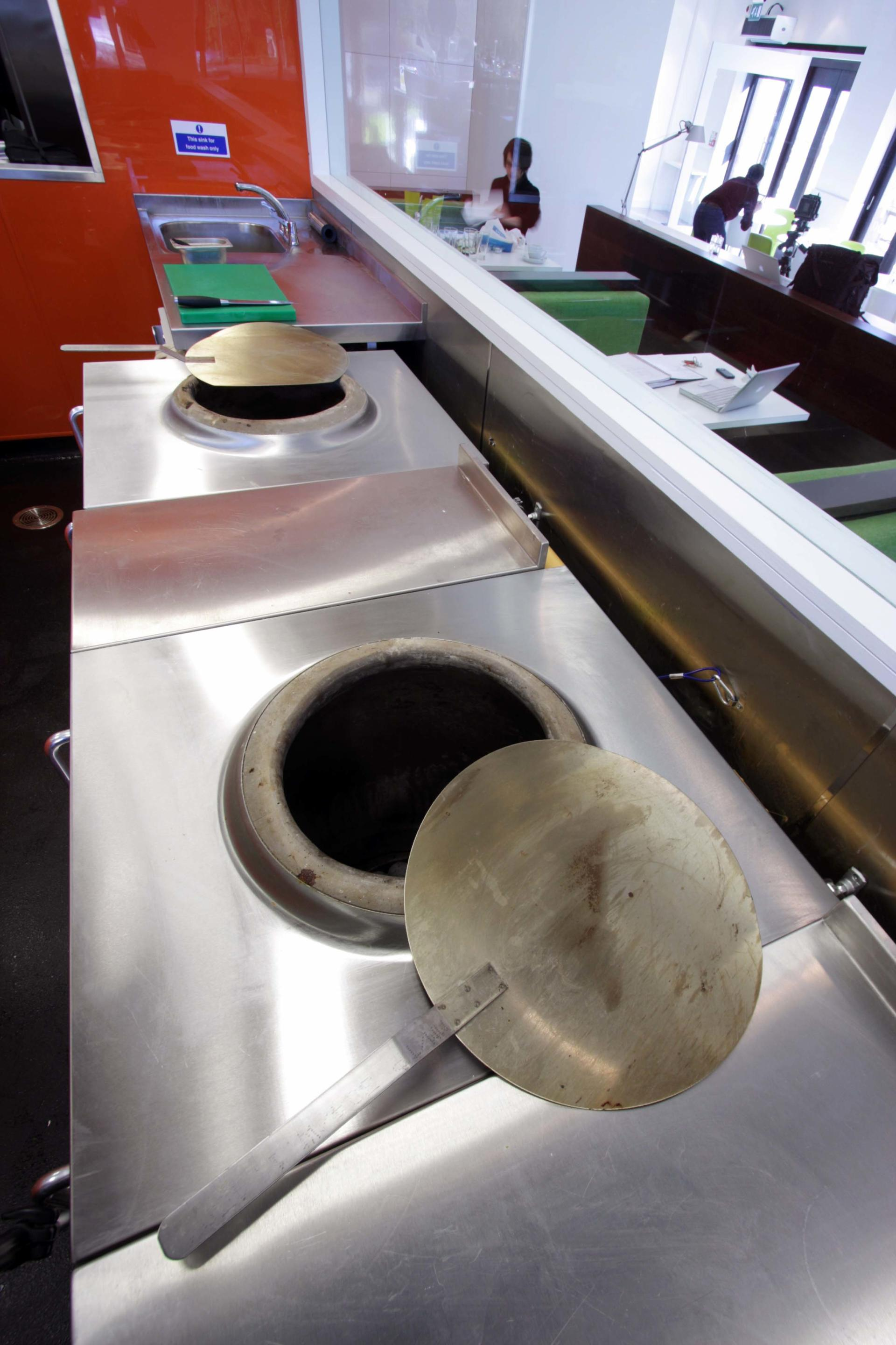 Oojam-Hemel-Hempstead-Indian-restaurant-and-kitchenFabrication-Stainless-Steel-Commercial-Kitchen-spacecatering_2