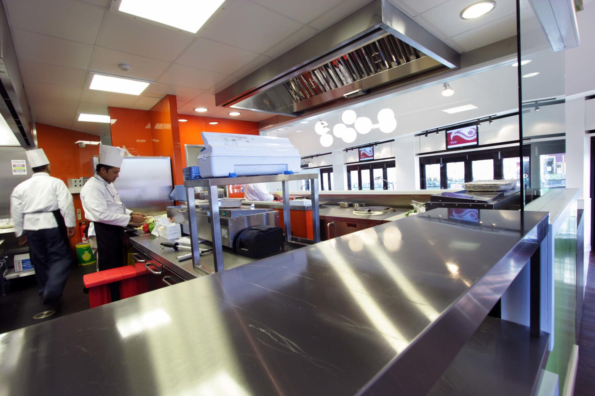 Oojam-Hemel-Hempstead-Indian-restaurant-and-kitchenFabrication-Stainless-Steel-Commercial-Kitchen-spacecatering_6
