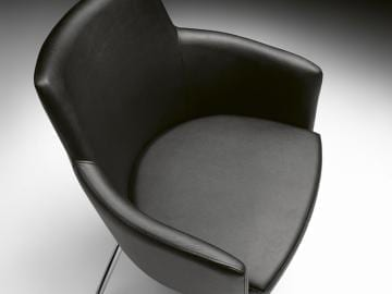 P4 Marka Armchair on Chrome Frame
